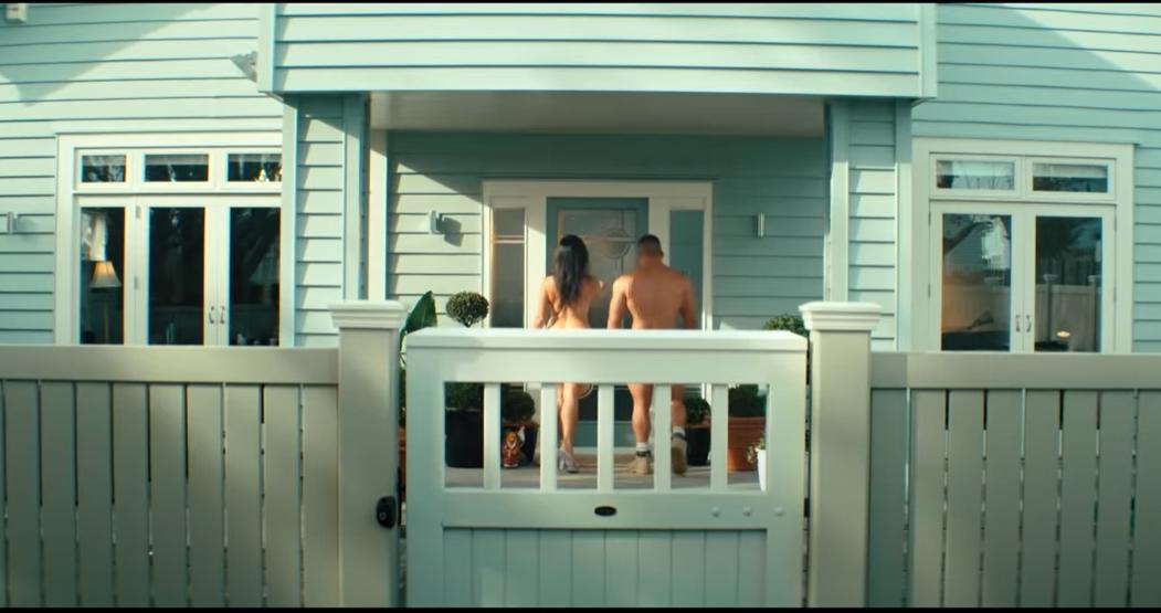 Cosa ci fanno due porno attori neozelandesi in una campagna di sensibilizzazione per bambini?